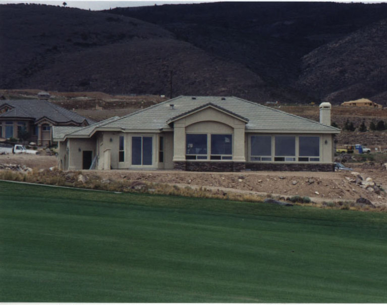 Reno-Arrow-Creek-rear-golf-course