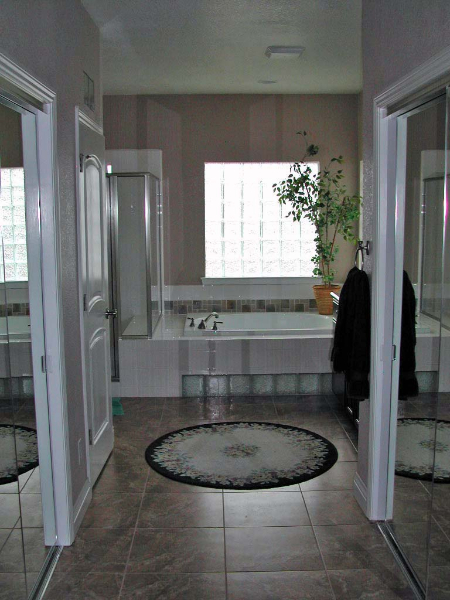 custom-home-Dayton-bath