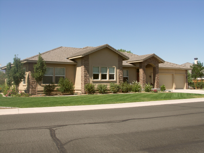 custom-home-Dayton-valley-golfcourse-front-view