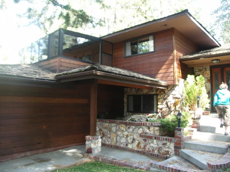 Lake-Tahoe-remodel-entry-before